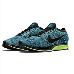 NIKE women's teal shoes